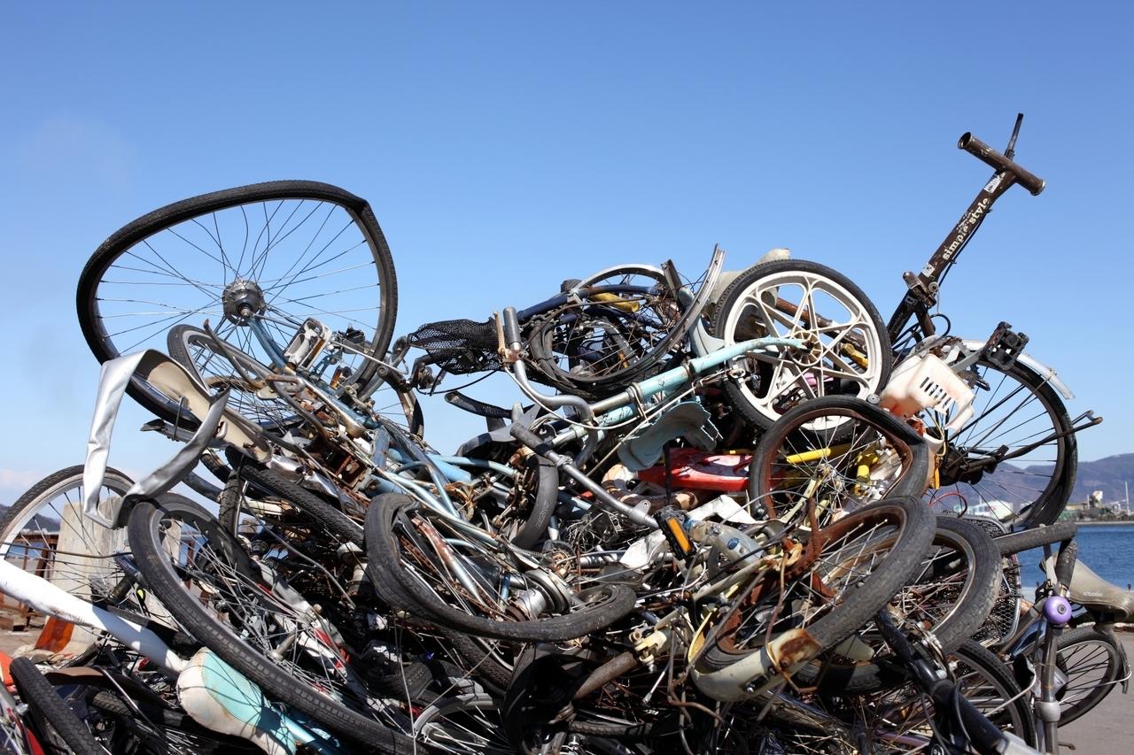 廃品仕分けリサイクル